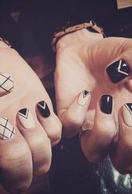 简单个性的裸色搭配黑色几何图形彩