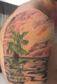 手臂上彩绘抽象线条山水树纹身风景图片