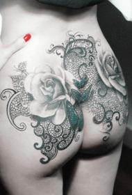 臀部胡蝶玫瑰花藤蔓写实纹身图案