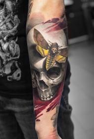 手臂骷髅飞蛾彩绘纹身图案