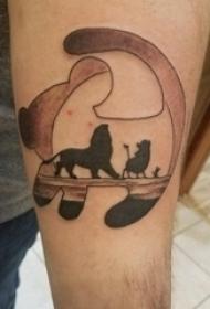 手臂上黑白点刺技巧抽象线条动物纹身图片