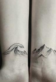适合情侣的手腕点刺山脉海浪纹身图案
