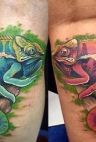 男生腿上彩绘技巧创意变色龙纹身图片