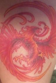 女生大腿上红色凤凰纹身图片