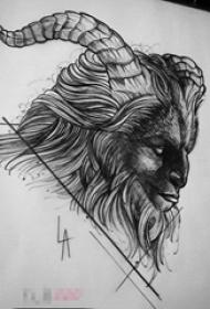 黑色线条素描霸气牛魔王纹身手稿