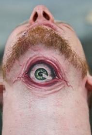 男生脖子上彩绘素描超写实3d眼睛纹身图片