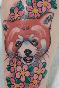 女生手臂上彩绘水彩素描文艺可爱小狐狸纹身图片