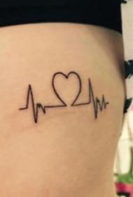 女生侧腰上黑色线条创意文艺心电图纹身图片