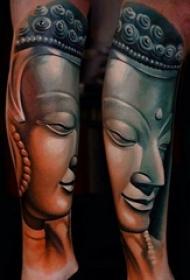 男生手臂上黑灰素描点刺技巧创意弥勒佛纹身图片