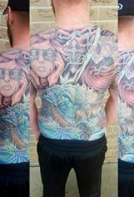 男生后背上彩绘渐变抽象线条人物和鱼纹身图片