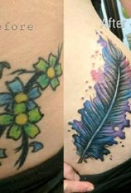 纹身覆盖女生侧腰上纹身覆盖羽毛纹身图片
