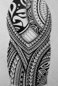 黑灰素描创意几何元素部落图腾纹身手稿