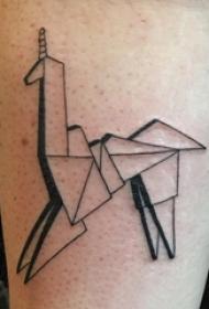 男生小腿上黑色几何简单线条折纸独角兽纹身图片