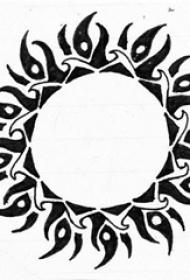 黑色素描创意文艺精致太阳纹身手稿