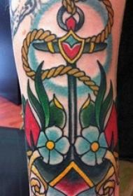 男生手臂上彩绘水彩素描创意文艺花朵船锚纹身图片