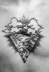 男生胸口上黑灰素描点刺技巧创意浪花纹身图片