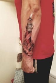男生手臂上彩绘抽象线条浪花和灯塔纹身图片