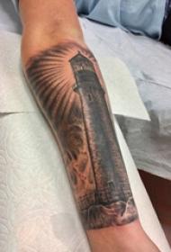 男生手臂上黑灰素描点刺技巧文艺灯塔纹身图片