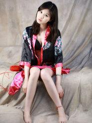 古典气质型美女槿馨性感和服写真 古典美女图片
