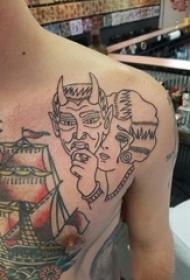 肩膀简约纹身 男生肩部面具和人物肖像纹身图片