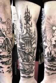 帆船纹身图片 男生手臂上帆船纹身图片