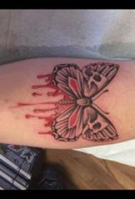 3d蝴蝶纹身 男生小腿上彩色的蝴蝶纹身图片
