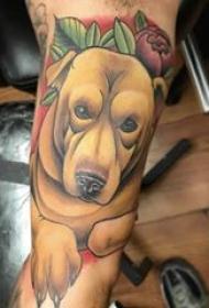 小狗纹身图片 男生手臂上彩色小狗纹身图片