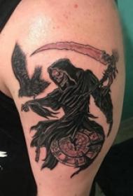 鬼怪纹身图案 男生手臂上鬼怪纹身图案