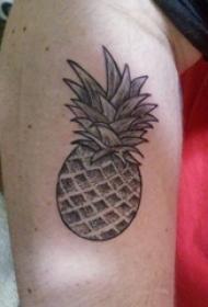 欧美小腿纹身 男生小腿上黑色的菠萝纹身图片