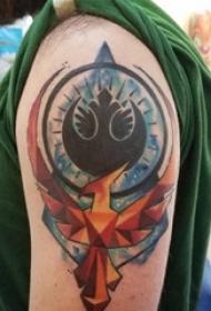 凤凰纹身 男生手臂上凤凰纹身图片