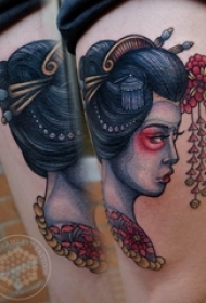 纹身日本艺妓 女生大腿上彩绘纹身日本艺妓图片