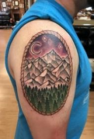 山峰的纹身 男生手臂上山峰的纹身图片