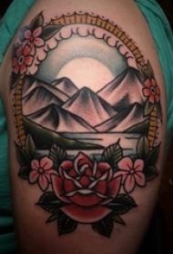 小山岳纹身 女内行臂上小山岳纹身图片