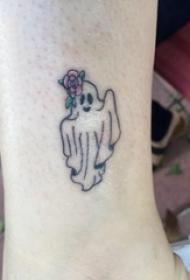 欧美小腿纹身 女生小腿上花朵和幽灵纹身图片