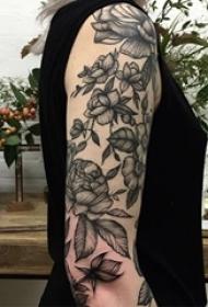 黑花點刺創意紋身圖案