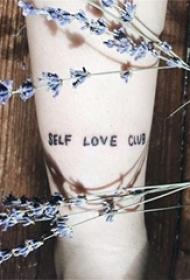 花体英文纹身 多款极简线条纹身素描花体英文纹身图片