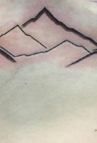 女生胸下纹身 女生胸部黑色的山脉纹身图片