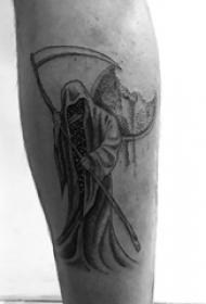 死神镰刀纹身图案 男生小腿上黑色的死神纹身图片