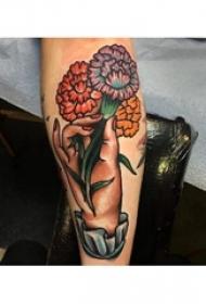 文艺花朵纹身 女生小臂纹身彩色花朵纹身图案