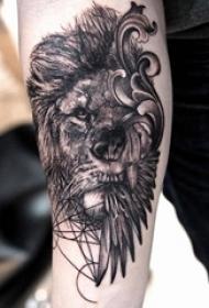 狮子头纹身 女生手臂上狮子头纹身图片
