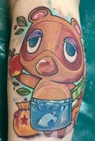 百乐动物纹身 男生小腿上彩色的浣熊纹身图片