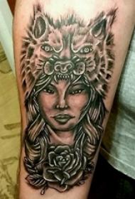 女生人物纹身图案 男生手臂上狼纹身图片