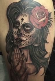 女生人物纹身图案 女生大腿上彩色纹身女生人物纹身图案