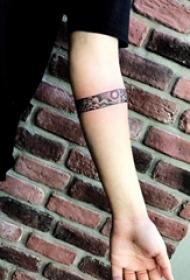 臂环纹身图案 多款手臂上黑灰纹身点刺技能臂环纹身图案