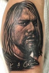 人物肖像纹身 男生小腿上人物肖像纹身黑灰纹身图片