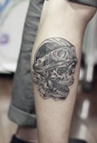 恐怖元素腿部纹身