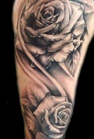 欧美玫瑰纹身 男生手臂上玫瑰纹身图片