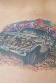汽车纹身 男生胸部风景和汽车纹身图片