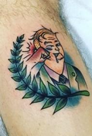 小腿对称纹身 男生小腿上叶子和人物纹身图片