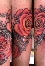 欧美玫瑰纹身 男生手臂上花朵纹身图片